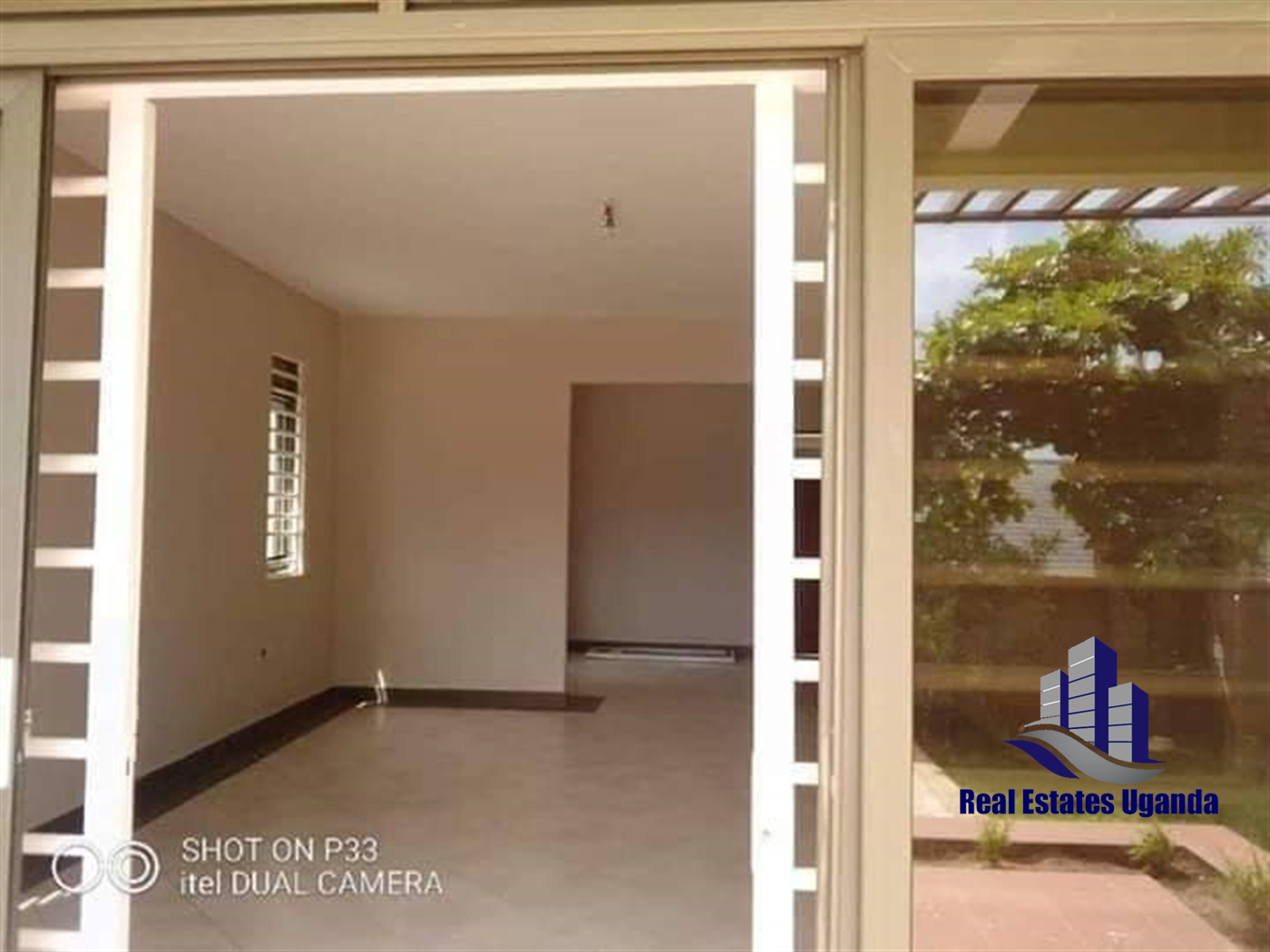 Villa for sale in Gayaza Wakiso