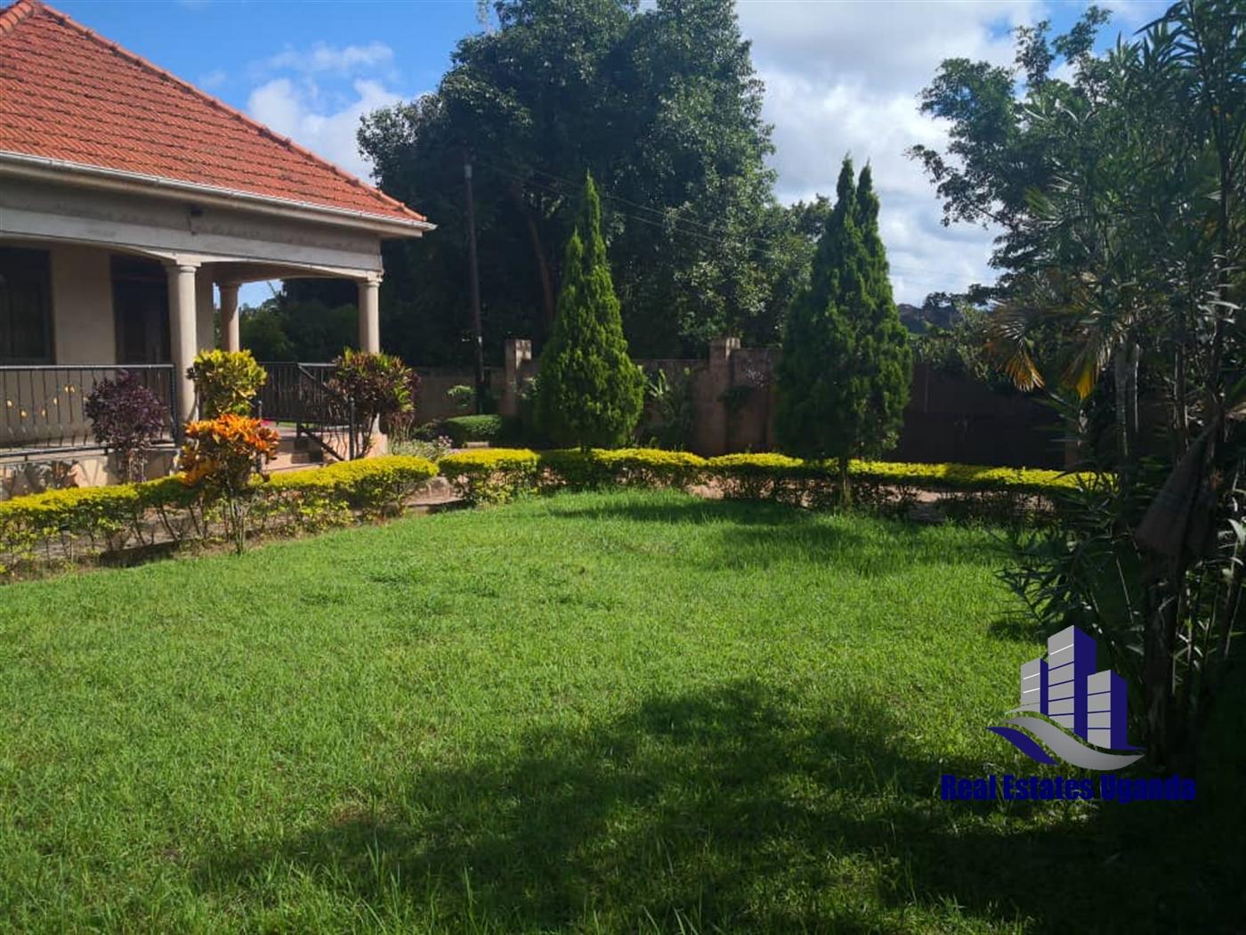 Bungalow for sale in Kajansi Wakiso