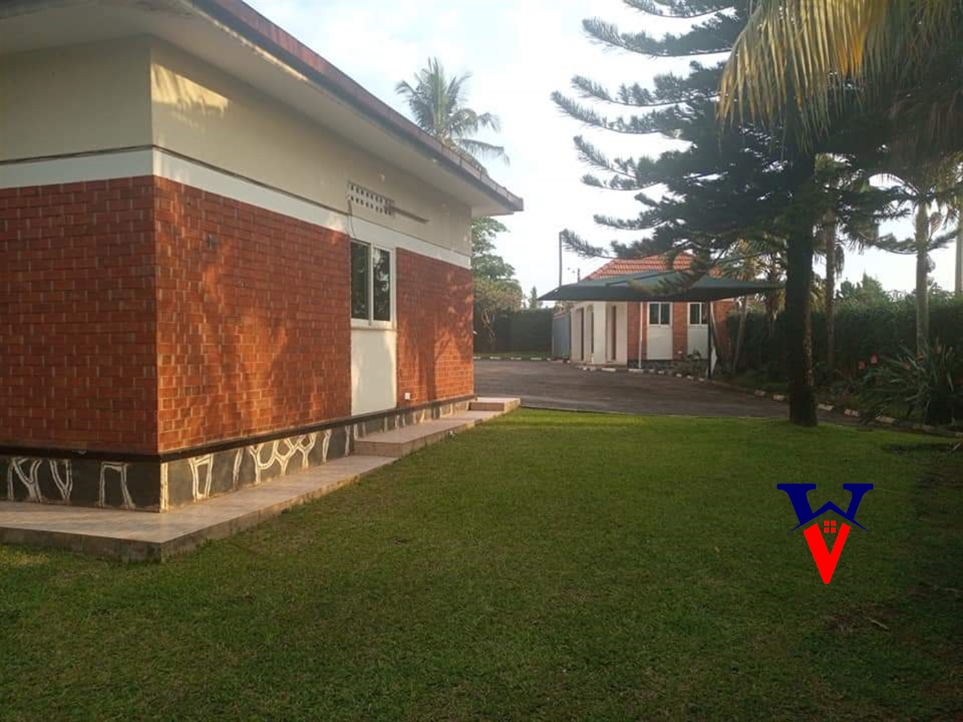 Bungalow for rent in Luzira Kampala
