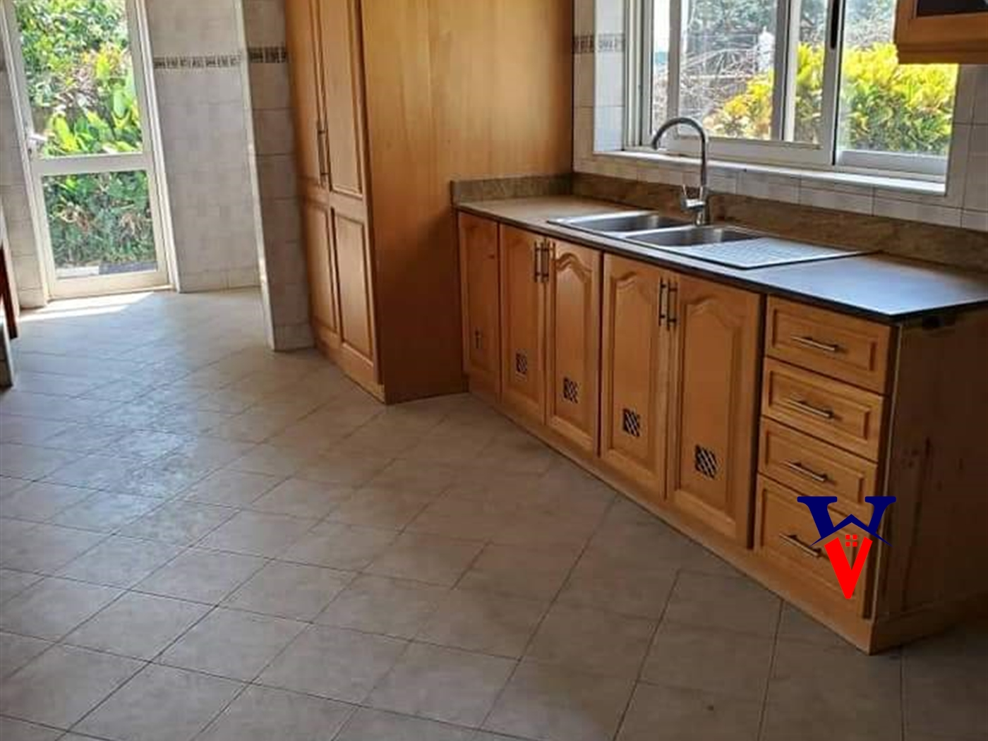 Bungalow for sale in Luzira Kampala