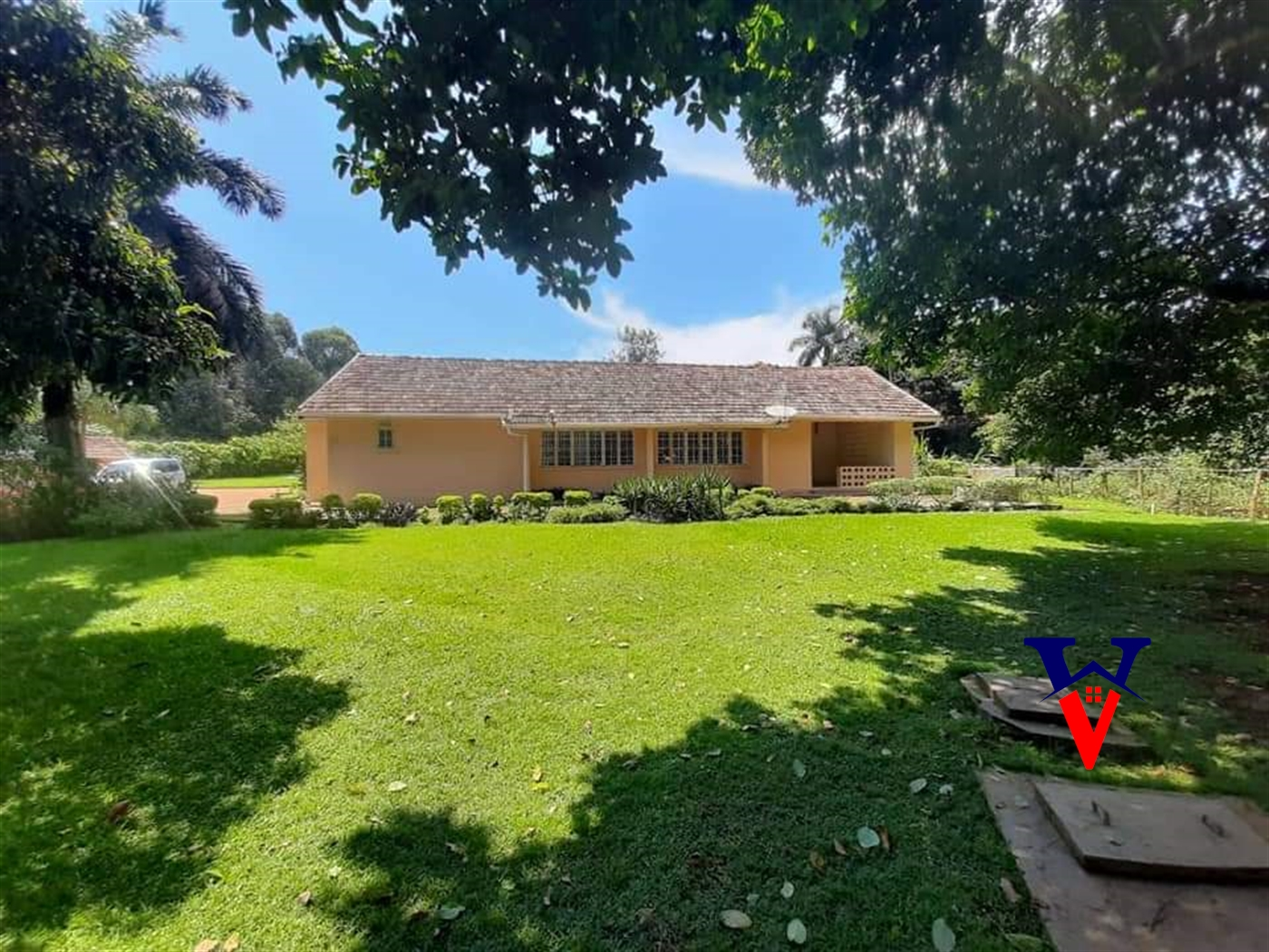Bungalow for rent in Entebbe Kampala