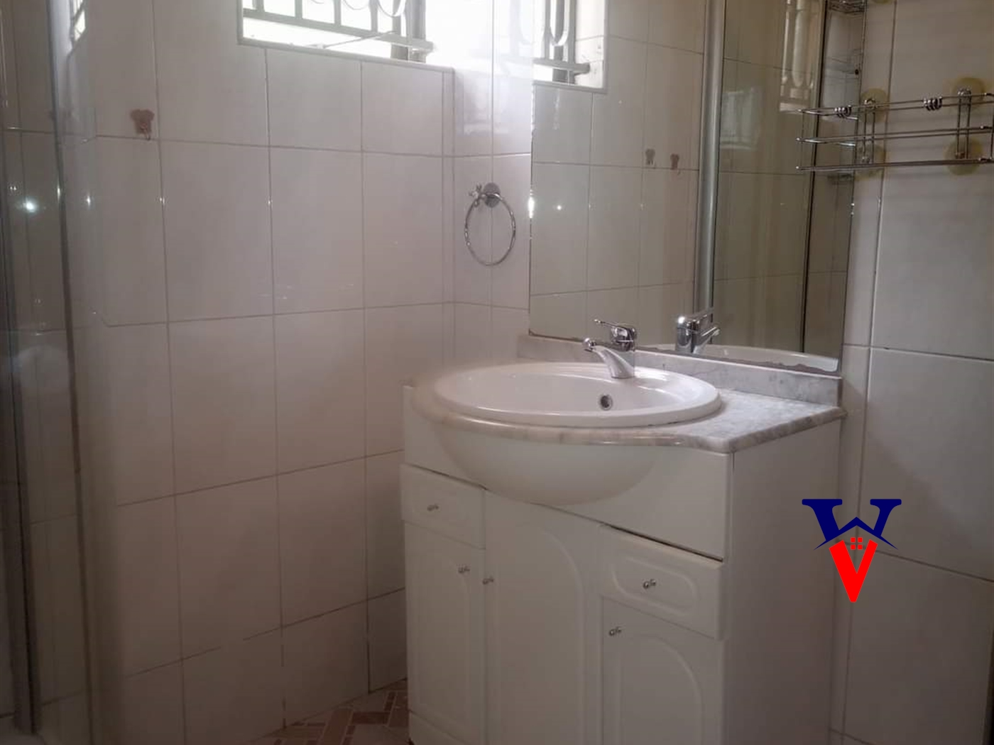 Storeyed house for rent in Mutungo Kampala