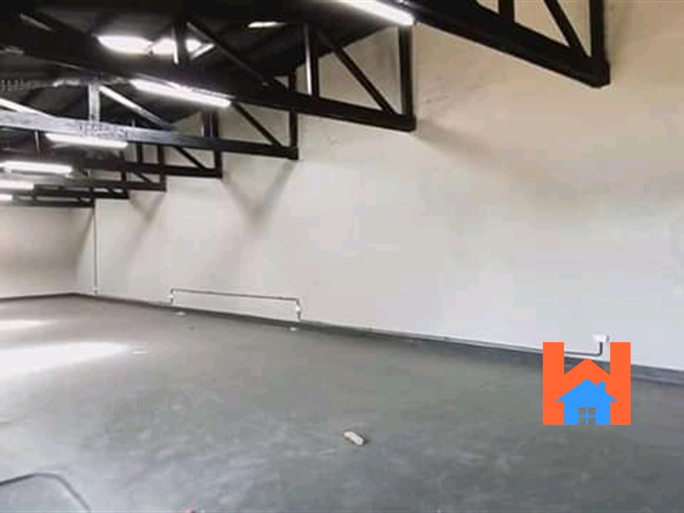 WareHouse for rent in 6thstreet Kampala