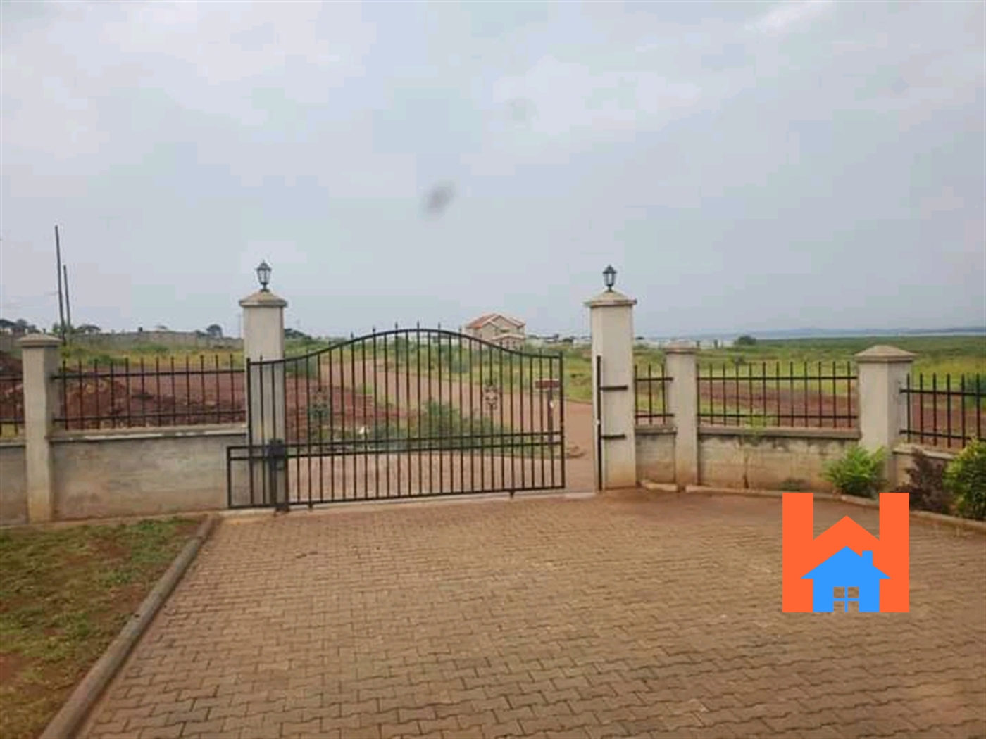Villa for rent in Kigo Wakiso