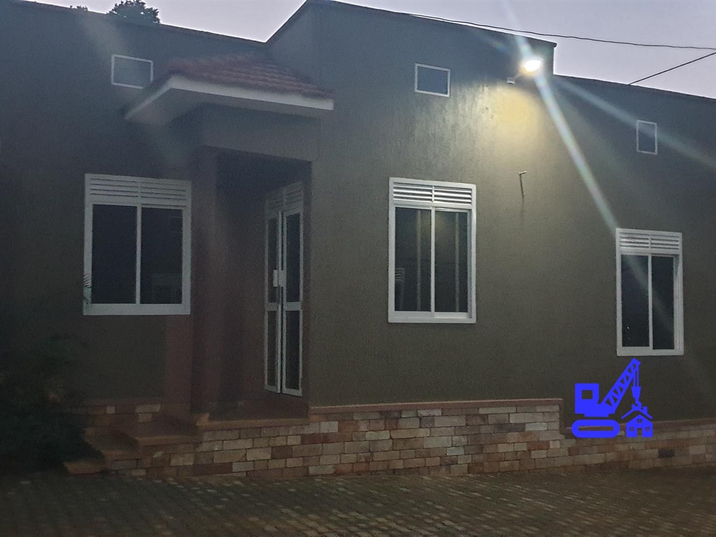 Semi Detached for rent in Kyanjja Kampala