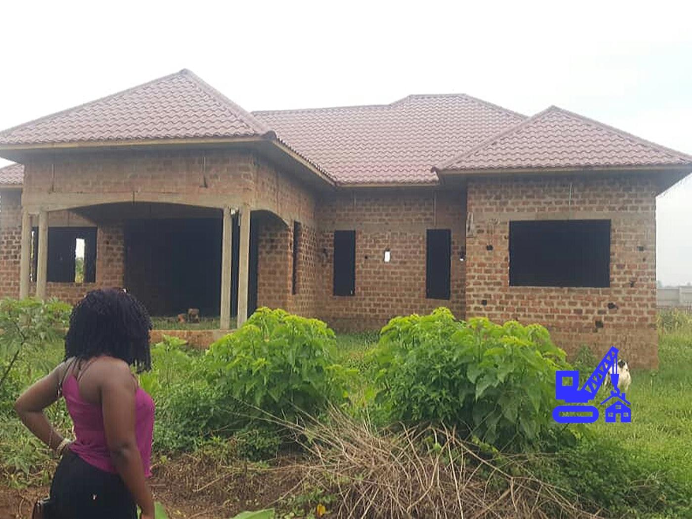 Shell House for sale in Namulonge Mukono