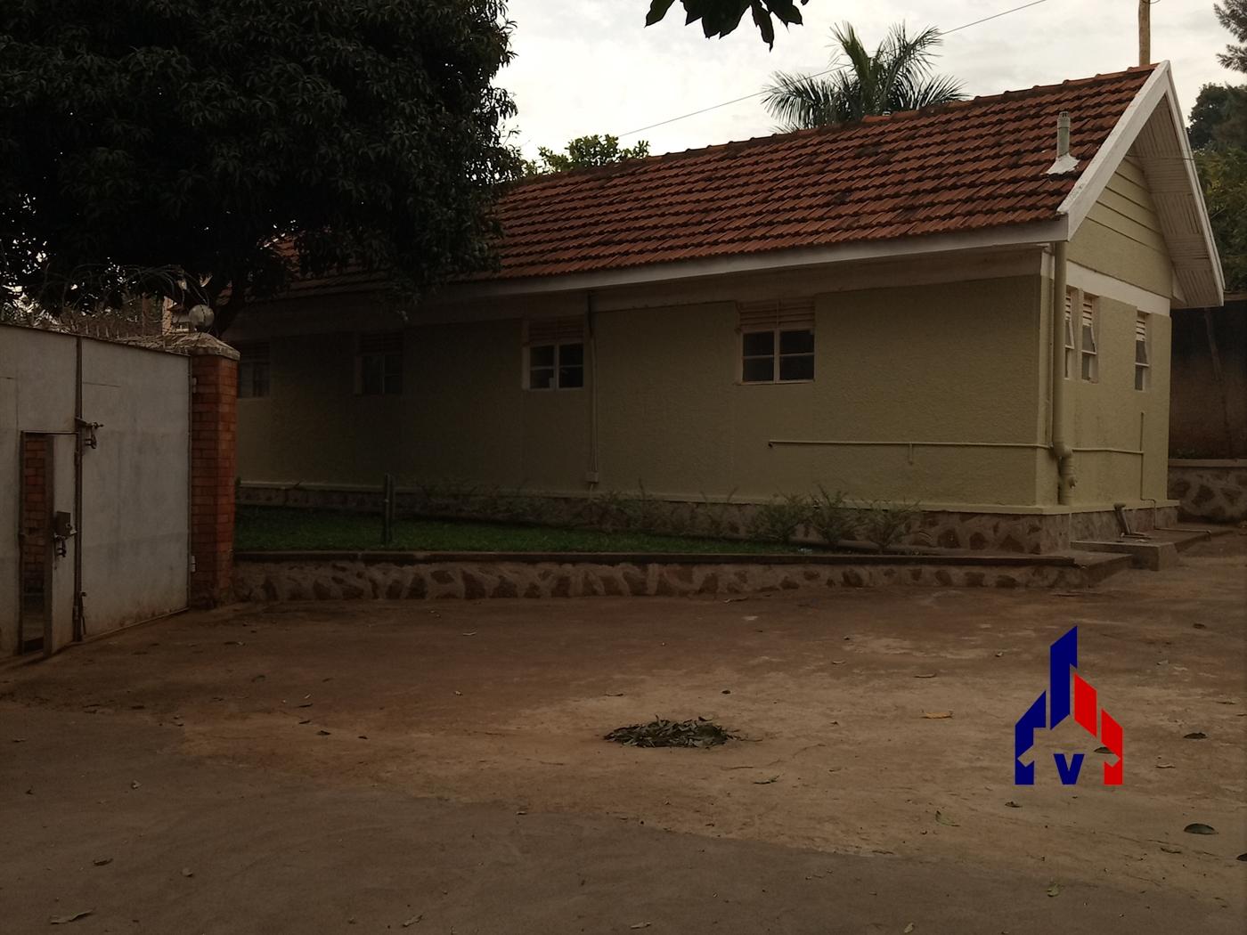 Bungalow for rent in Kansanga Kampala