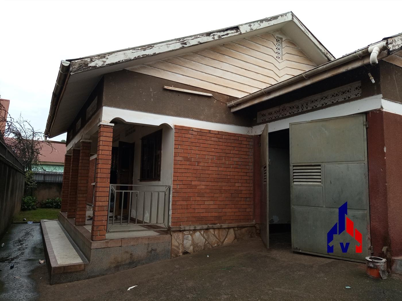 Bungalow for rent in Kisugu Kampala