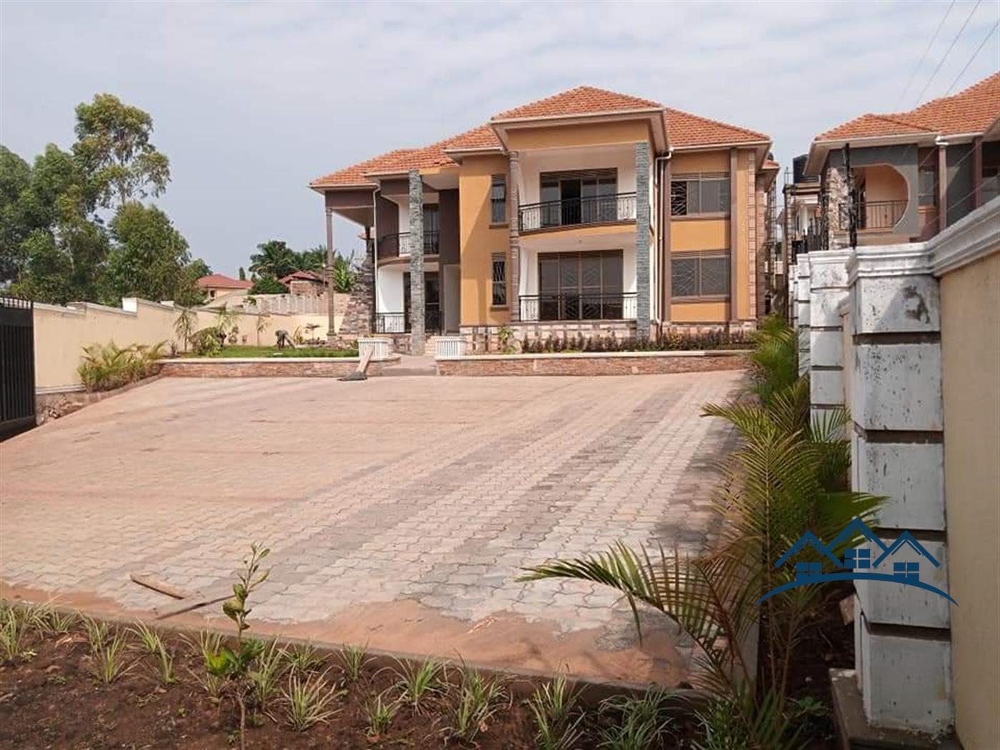Storeyed house for sale in Kiwatule Wakiso