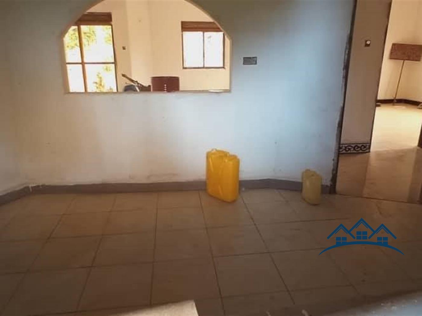 Bungalow for sale in Nangabo Wakiso