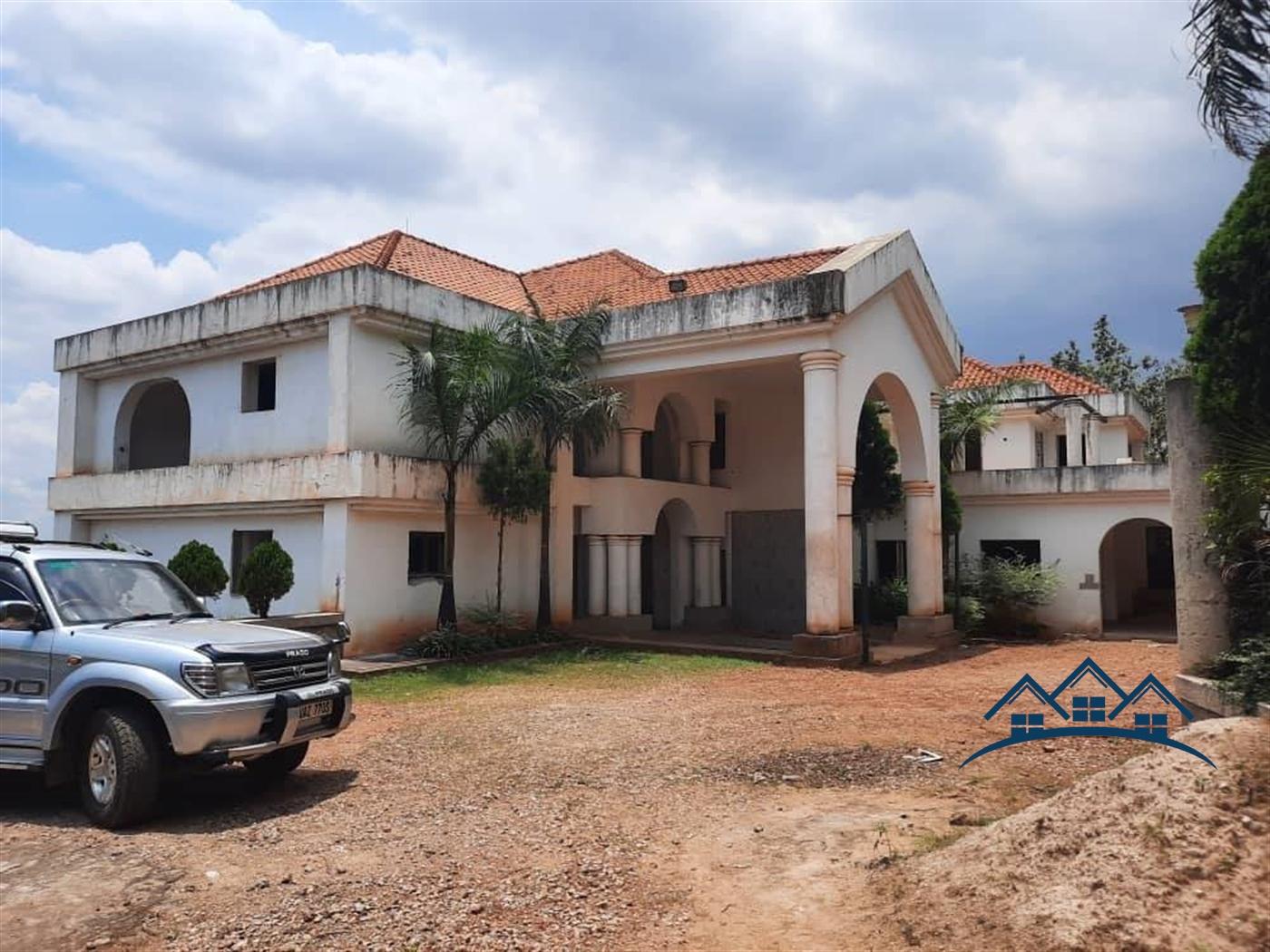 Storyed house for sale in Kololo Kampala