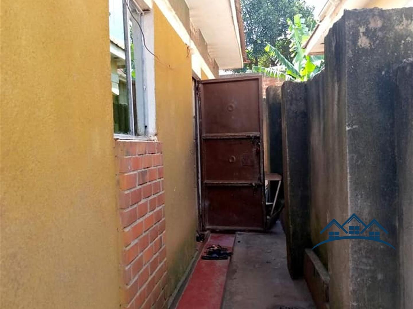 Bungalow for sale in Kitezi Wakiso