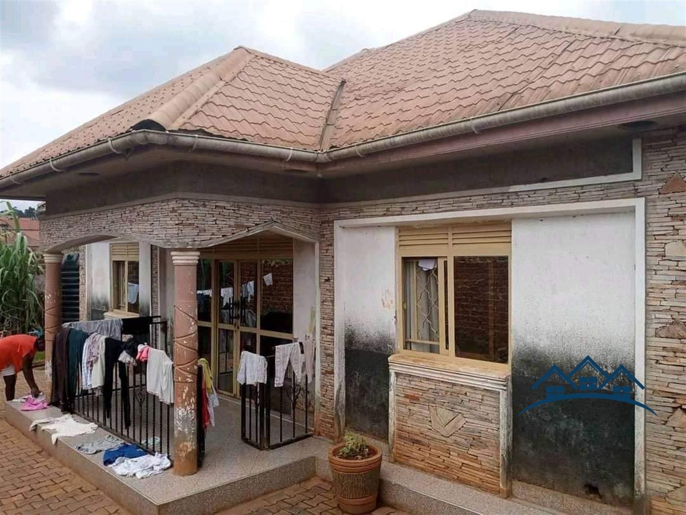Bungalow for sale in Kabulengwa Wakiso
