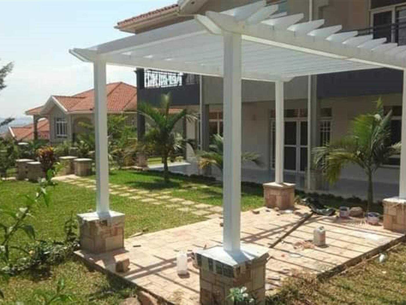Town House for sale in Muyenga Kampala