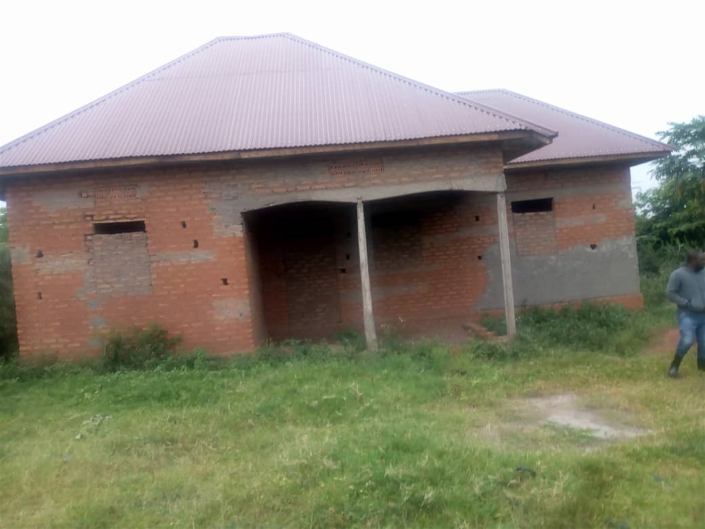 Shell House for sale in Saruti Kasese