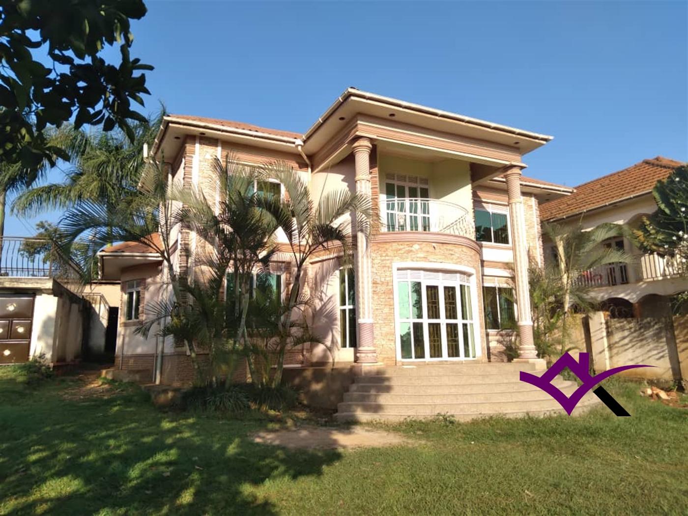 Storeyed house for sale in Kitala Wakiso
