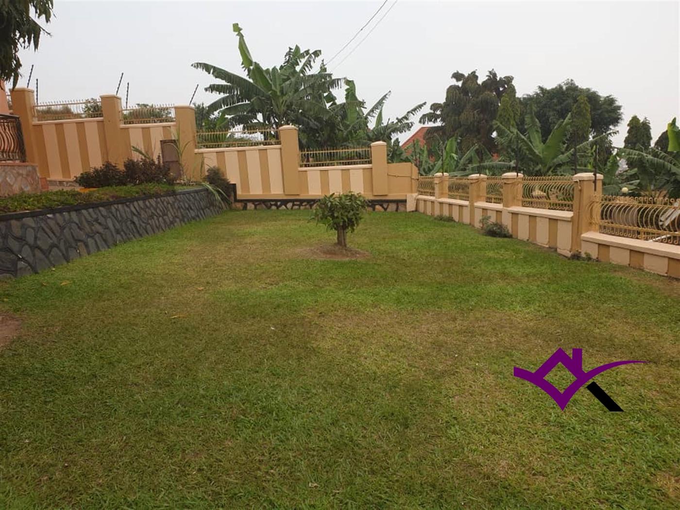 Storeyed house for sale in Kulambilo Wakiso