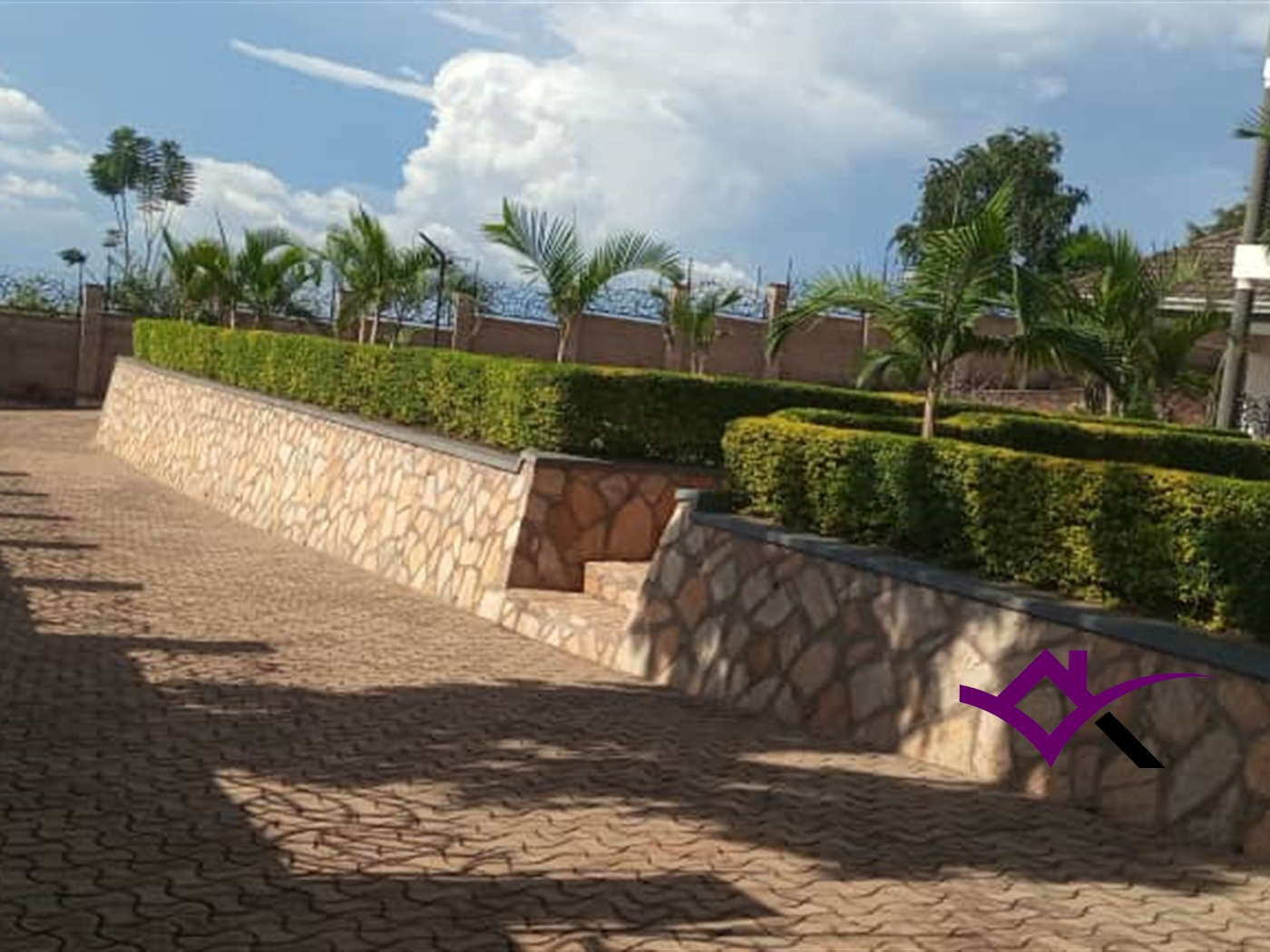 Duplex for rent in Kireka Kampala