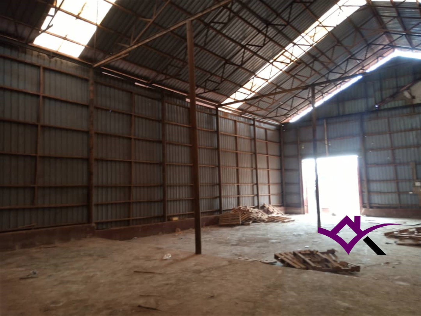 Warehouse for rent in Namugongo Wakiso