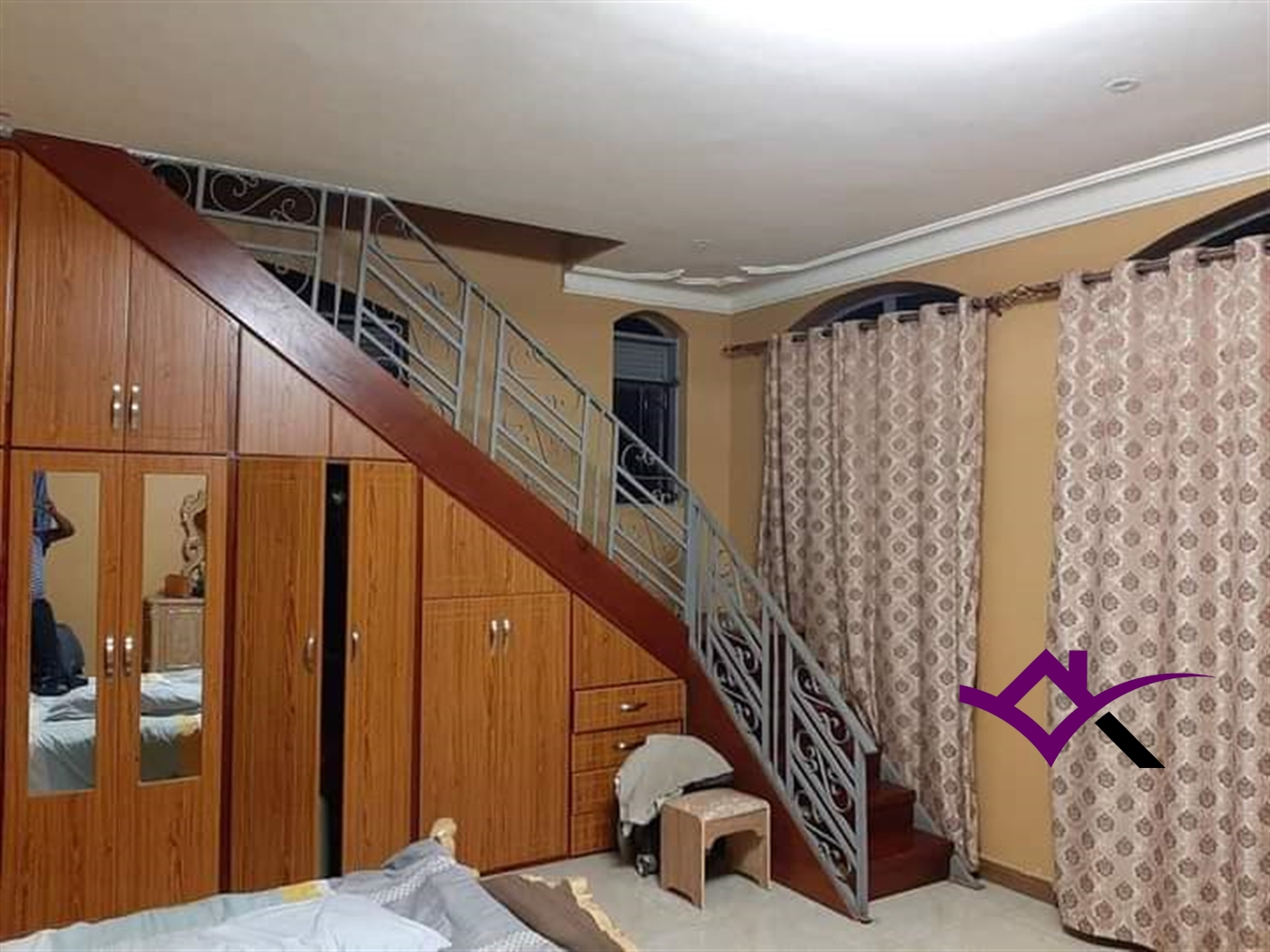 Mansion for sale in Bugonga Wakiso