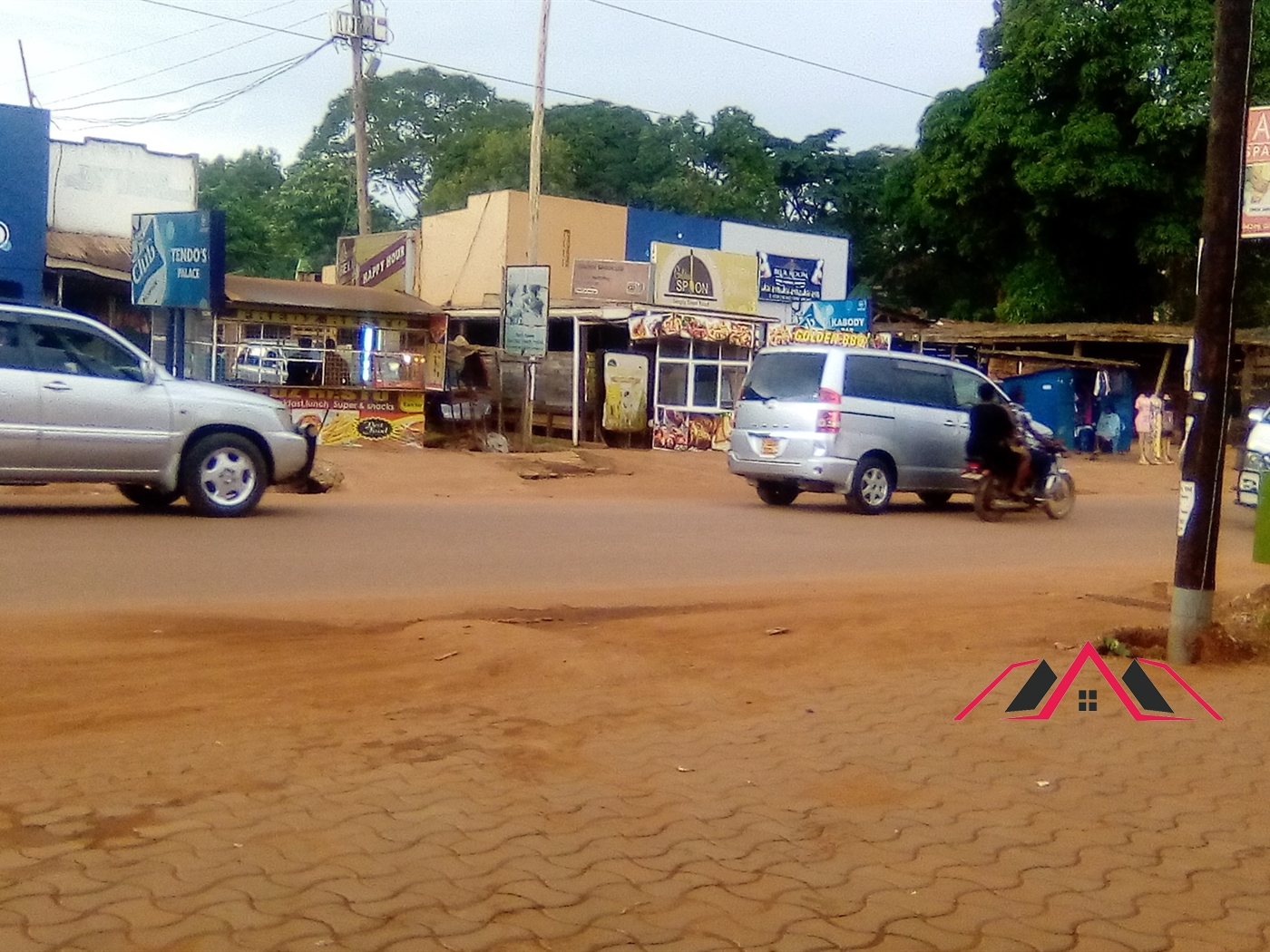 Shop for rent in Kiwatule Kampala