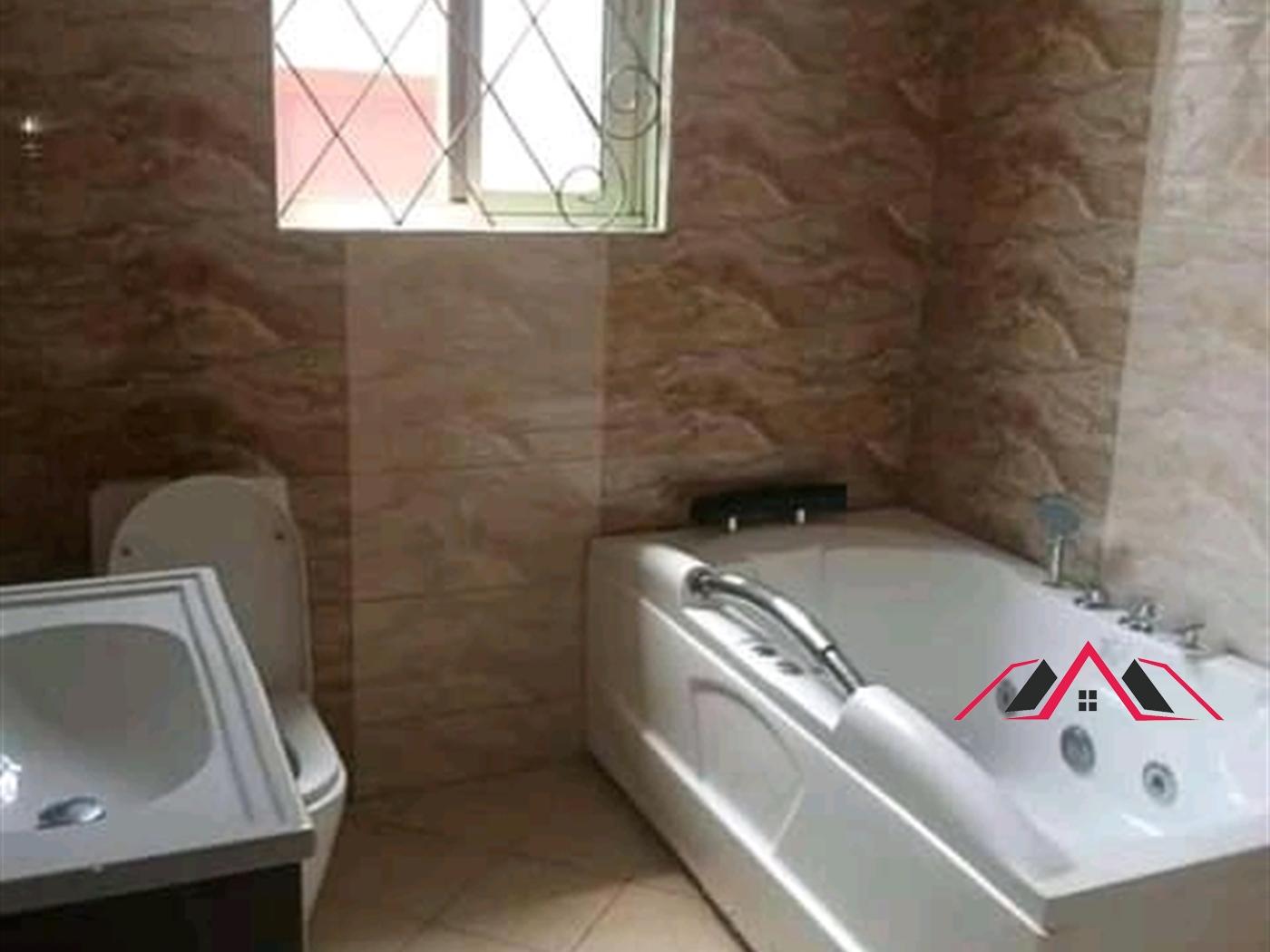 Bungalow for rent in Kyaliwajjala Kampala