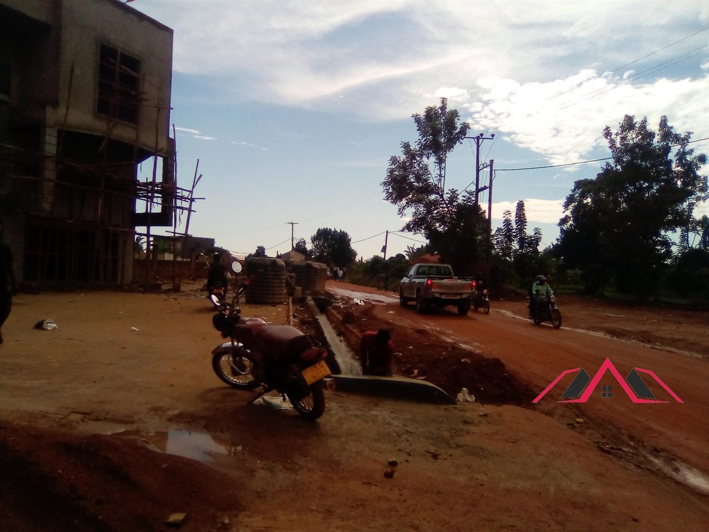 Shop for rent in Kira Wakiso