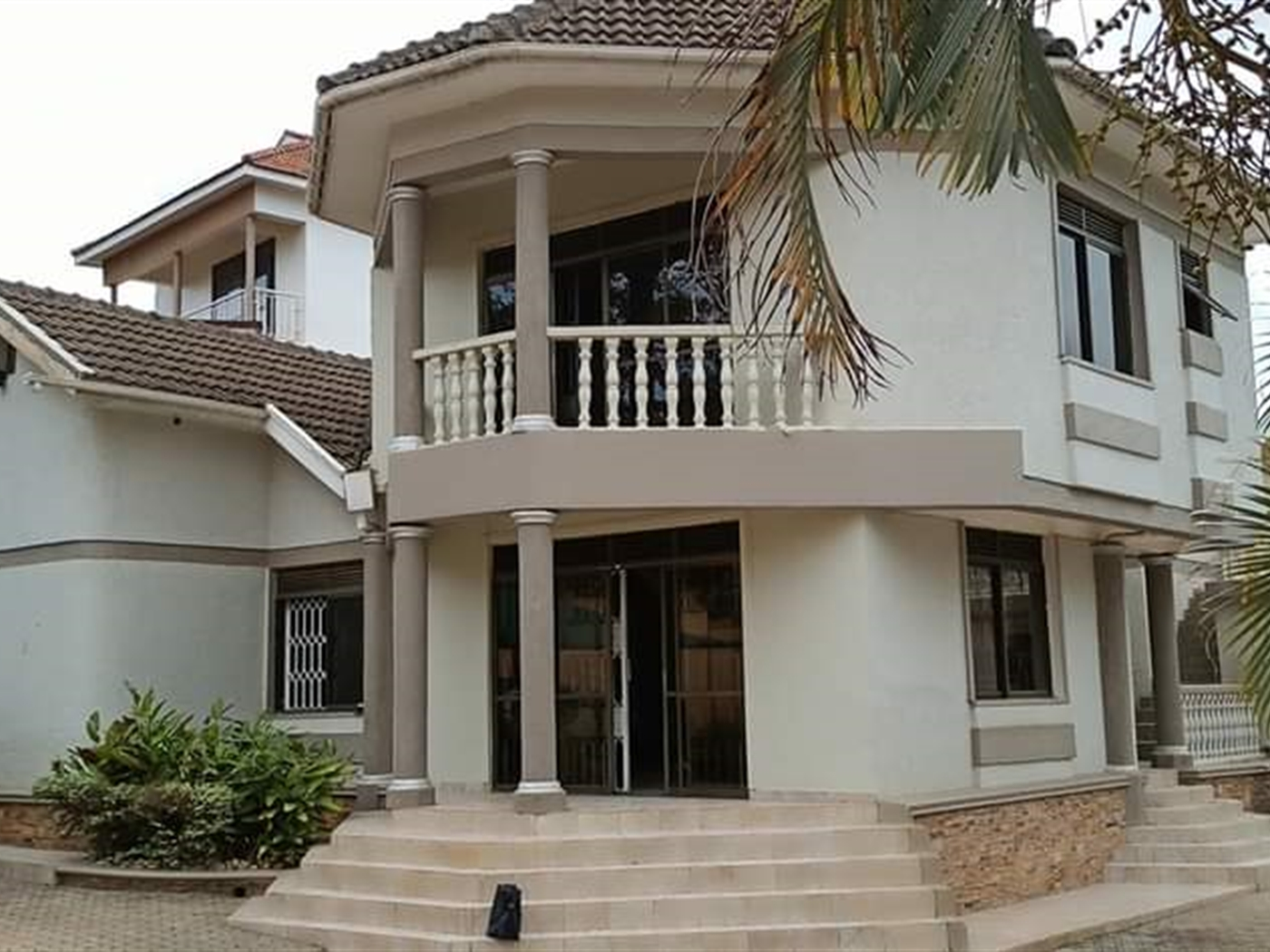 Storyed house for sale in Bbung Kampala