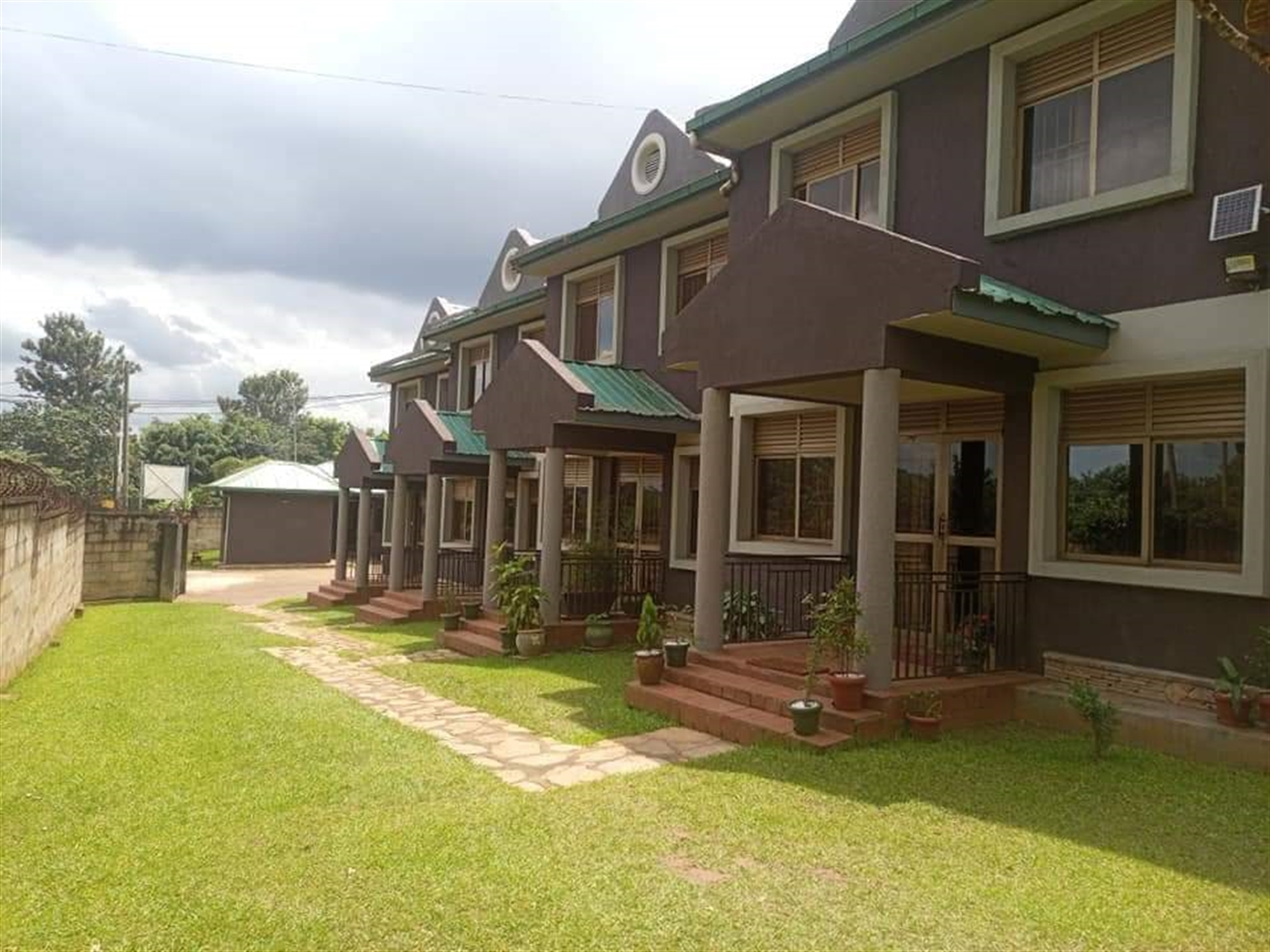 Duplex for rent in Mbuya Kampala