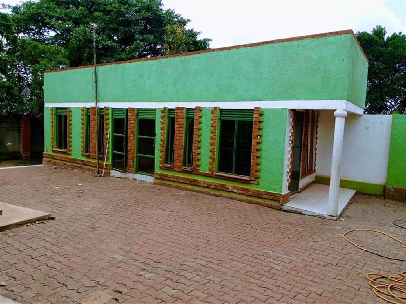 Bungalow for rent in Seeta Mukono