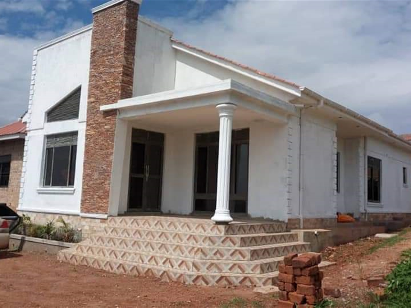 Bungalow for sale in Ssisa Kampala