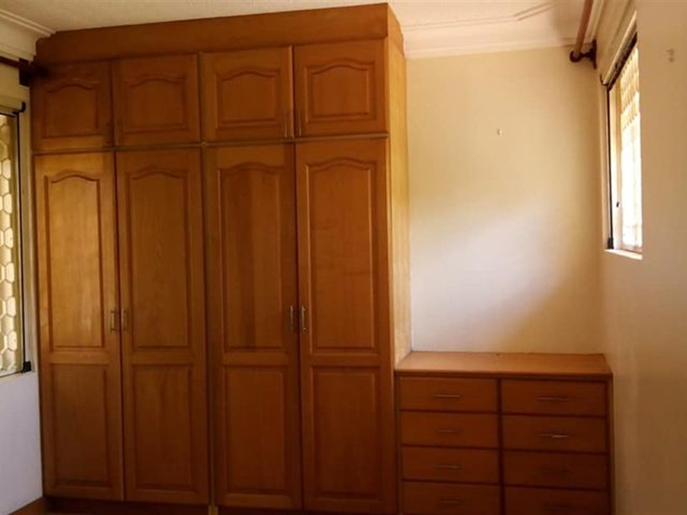 Storyed house for rent in kyanja Wakiso