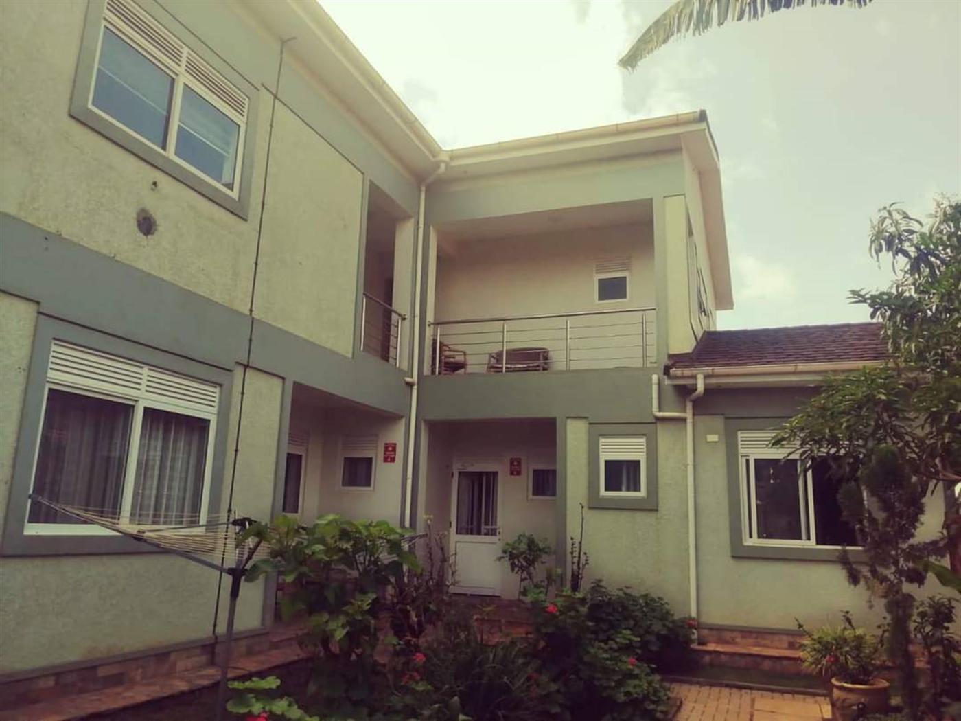 Penthouse for rent in Muyenga Kampala