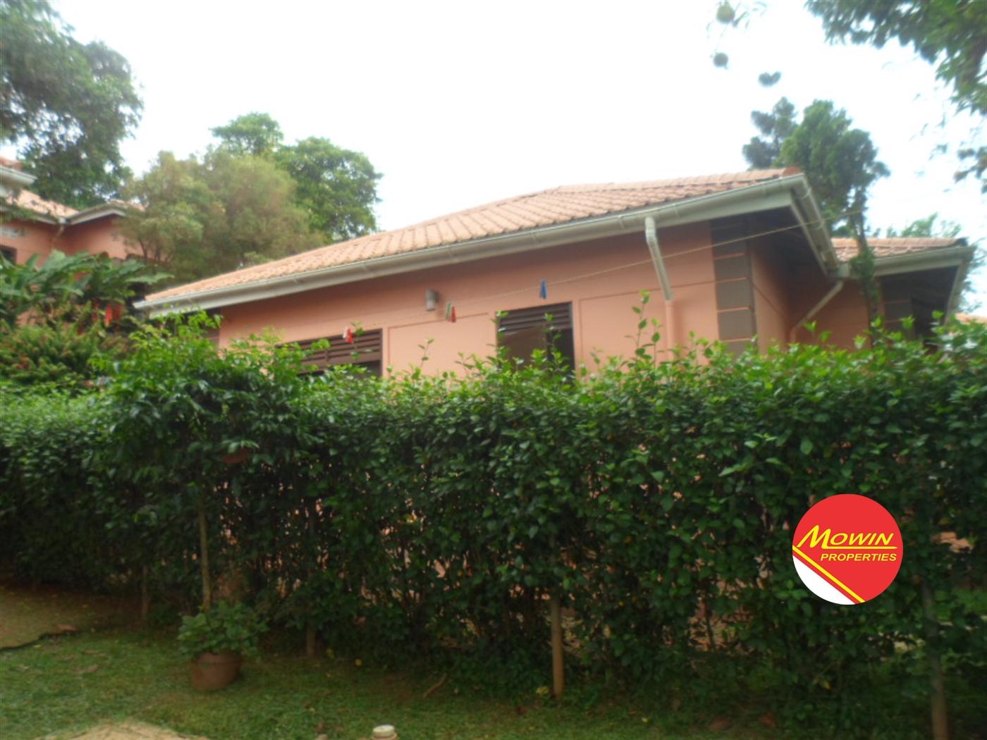 Bungalow for rent in Bwebajja Wakiso