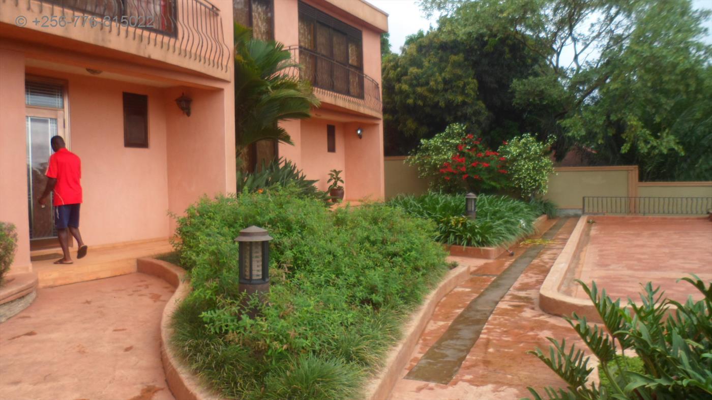 Storeyed house for rent in Nakasero Kampala